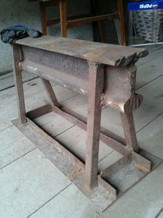 Awesome waged blacksmithing read this post here - Young Tutorial and Ideas Metal Projects, Welding Projects, Metal Crafts, Forging Tools, Blacksmithing Knives, Welding Shop, Welding Table, Metal Tools, Metal Art