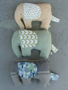 Fabric elephants - great for scraps!
