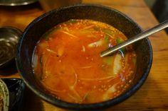 亀戸ホルモン コムタンスープ 赤