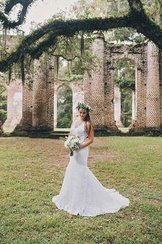 Southern Bridal Session || Old Sheldon Church Ruins ||  Savannah GA Wedding Photographer || www.brookeashleyphoto.com
