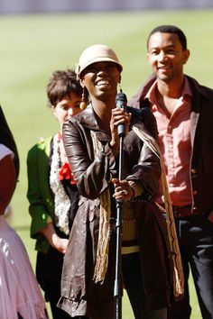 Lira - South African / Singer Songwriter