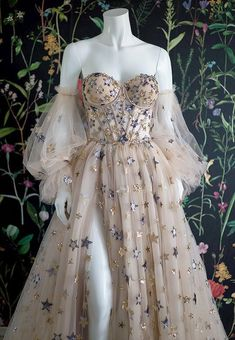 Elegant Dresses, Pretty Dresses, Pretty Outfits, Beautiful Dresses, Elegant Gown, Tulle Prom Dress, Ball Gown Dresses, Prom Dresses, Wedding Dress