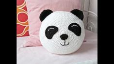 Crochet Panda, Crochet Dolls, Crochet Cushions, Crochet Pillow, Crochet Home, Crochet For Kids, Hippie Curtains, Fun Crafts, Diy And Crafts