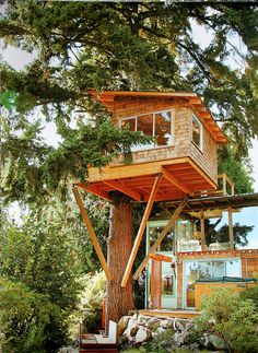 More ideas below: Amazing Tiny treehouse kids Architecture Modern Luxury treehouse interior cozy Backyard Small treehouse masters Plan. Building A Treehouse, Build A Playhouse, Treehouse Ideas, Treehouse Masters, Modern Architecture, Architecture Details, Amazing Architecture, Modern Tree House, Tree House Plans