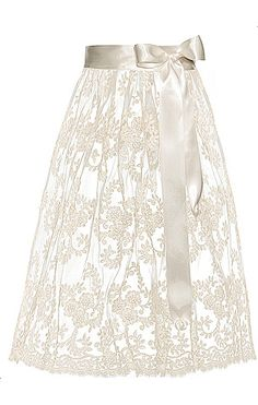lace dirndl apron! gorgeous.