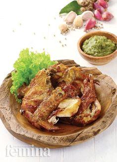 Ayam Remuk Solo Pork Recipes, Baby Food Recipes, Asian Recipes, Chicken Recipes, Cooking Recipes, Healthy Recipes, Recipies, Indonesian Cuisine, Indonesian Recipes
