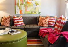 couch pillows 432697476669032612 - (i love this couch!) sectional – brown – couch – green leather ottoman – diamond pattern – throw pillows Source by margiestockton Bright Pillows, Couch Pillows, Living Room Colors, Room, Sofa Decor, Brown Sofa Living Room, Living Room Decor, Home Decor, Home Living Room