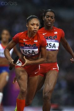 The USA Women's 4 x 400 relay team win the Gold Medal.#olympics