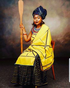 African Wear, African Women, African Dress, African Fashion Traditional, Traditional Outfits, Traditional Wedding, Traditional Design, African Wedding Attire, African Weddings