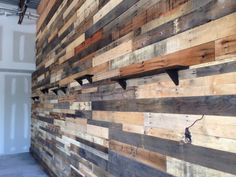 Pallet wall at #Founders restaurant #reclaimed #palletwall #woodworking