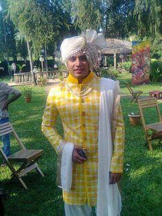 Love this groom look