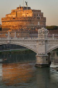 Castel Sant'Angelo  Ponte Vittorio Emanuele at sunset - pieces of Rome