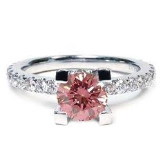 2.02 Karat Pink Diamant Ring aus 750er Weißgold. Ein Diamantring aus der Kollektion Pink von www.pearlgem.de