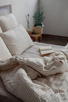 Our off-white with natural linen colour (beige) stripes pure linen duvet cover is made of softened l Bedding Sets Online, Luxury Bedding Sets, Comforter Sets, King Comforter, Best Bedding Sets, Queen Bedding Sets, Linen Duvet, Bed Linen Sets, Neutral Bed Linen