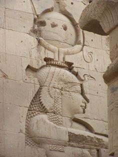 Relieve reina egipcia ptolemaica