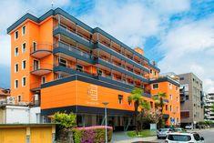 News - Clinica Santa Chiara Multi Story Building, Santa, News
