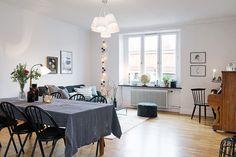Aujourd'hui je vous emmène en Suède pour visiter un appartement où je poserais mes valises sans hésiter une seconde...