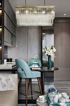 Top Home Luxury Interior designers les plus . Dining Room Design, Interior Design Kitchen, Modern Interior Design, Room Interior, Interior Decorating, Luxury Homes Interior, Luxury Home Decor, Interior Architecture, Neoclassical Interior