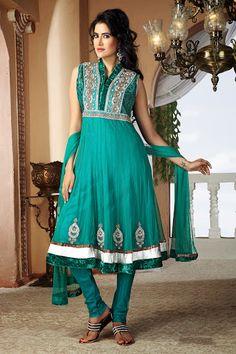 Divine Emerald Green Salwar Kameez | StylishKart.com