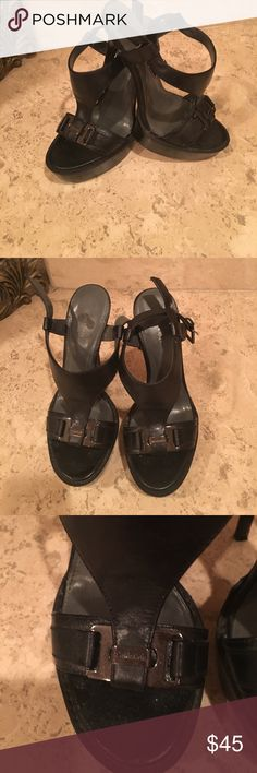 Calvin Klein sandals Ladies sandals Calvin Klein used make an offer!!!! Calvin Klein Shoes Sandals