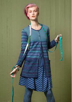 """Skandinavische Mode von Gudrun Sjödén - Die Strickjacke """"Criss"""" aus Öko-Baumwolle ist ein Modell mit langen Ärmeln, rundem Halsausschnitt und Taschen. Kaufe deine Strickjacke """"Criss"""": http://www.gudrunsjoeden.de/mode/produkte/strickjacken-westen"""