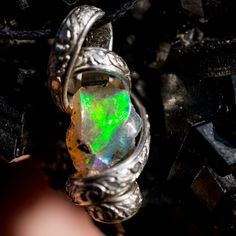Hey, I found this really awesome Etsy listing at https://www.etsy.com/listing/252322950/bold-green-fire-rough-ethiopian-opal-in