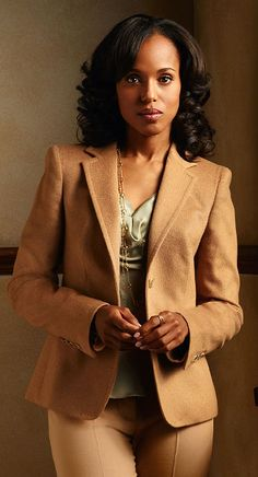 Kerry Washington aka Olivia Pope from Scandal. Olivia Pope Wardrobe, Olivia Pope Style, Sarah Jessica Parker, Blake Lively, Jennifer Aniston, Scandal Fashion, Professional Attire, Dress For Success, Up Girl