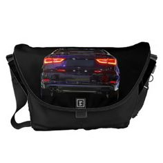 fotoskaljac: black car, red lights - messenger bag