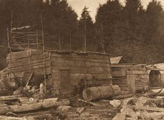 Old houses - Neah Bay (The North American Indian, v. XI. Cambridge, MA: The University Press, 1916)