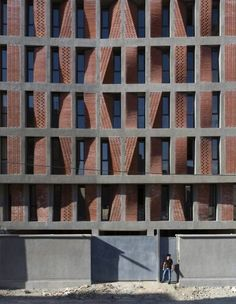 Chamfered facades