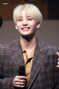 YES I'M THAT DIAMOND Wonwoo, Seungkwan, Hoshi, Vernon, Kpop, Hip Hop, Jeonghan Seventeen, Love Your Smile, Adore U