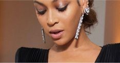 This Is Not a Drill: Beyoncé Debuted a Brand-New Glossier Product at the Grammys  ||  New Glossier alert! https://www.popsugar.com/beauty/Beyonce-Wears-New-Glossier-Product-2018-Grammys-44534591?utm_campaign=crowdfire&utm_content=crowdfire&utm_medium=social&utm_source=pinterest