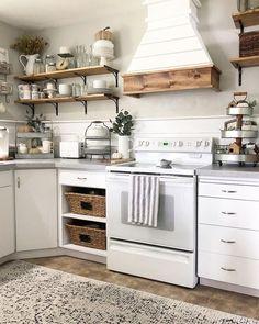 Kitchen Hood Ideas (DIY and Create Range Vent Hood) – Farmhouse kitchen Farmhouse Kitchen Decor, Kitchen Redo, Country Kitchen, New Kitchen, Kitchen Ideas, Farm Style Kitchen Shelves, Kitchen Cabinets, Minimal Kitchen, Kitchen Backsplash