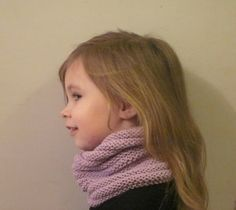 Tuto choker child - I knit when I have time - Newborn Crochet Patterns, Crochet Baby, Knit Crochet, Tricot Baby, Expensive Clothes, Knitting Accessories, Neck Warmer, Baby Knitting, Voici