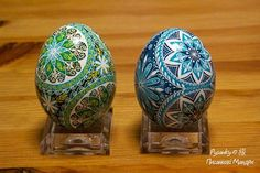 Two Pysanky  using circle divisions by Tetyana Solotska, teacher of the art of Pysanky in Japan