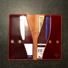 ZeeBee Leather: Specializing in custom leather goods. Handmade with pride in San Diego, CA. Simple Wallet, Handmade Leather Wallet, Leather Projects, Custom Leather, Leather Working, Leather Craft, Making Ideas, Bags, Accessories