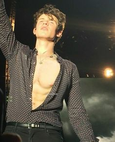 Shawn Mendes Shirtless, Shawn Mendes Imagines, Matthew Gray Gubler, Gorgeous Men, Harry Styles, Cover, Handsome, Husband, Guys