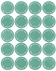 Free printable round labels. Pretty.