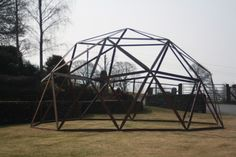 Geodesic frame for office pod by www.domemade.co.uk