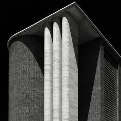 Palazzo delle Posta. Ostia Lido - Arch. Angiolo Mazzoni