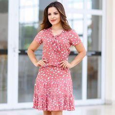 Boa tarde ❤️última semana do ano, já escolheu seu look da virada ? #reveillon #anonovo #virada #look #moda #ellasmodas #fashion #vestido #modaevangelica #modafeminina