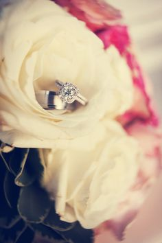 Beautiful ring! Photo by Jeannine. #WeddingPhotographerMinnesota #Weddingrings