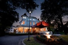These 10 Haunted Hotels In Alabama Will Make Your Stay A Nightmare. The Victoria Inn - Anniston, Alabama
