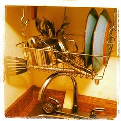DIY over the sink dish rack (to make up for my total lack of counter space), via Flickr.