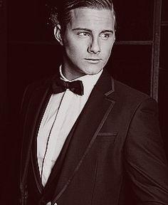 Alexander Ludwig.... in a bowtie.... SOOOO FINE!!!