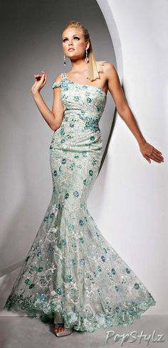 Tony Bowls - Lacy Mermaid Gown Nice Fabric