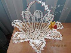 Lily Crochet Doily - Peace Lily - Lace Doily - Spring Decor - Farmhouse Decor - Handmade Doilies - Vintage Home Decor - Wedding Gift Crochet Bowl, Thread Crochet, Crochet Motif, Crochet Crafts, Crochet Projects, Doilies Crafts, Lace Doilies, Crochet Doilies, Crochet Butterfly
