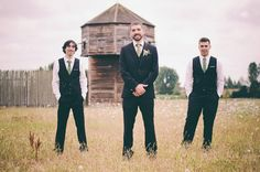 Victorian Fort Vancouver Wedding: Emilia and Ryan - The groom and his groomsmen