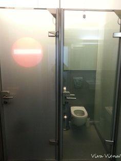 Bathtub, Bathroom, Vienna, Different Types Of, Restaurants, Standing Bath, Washroom, Bathtubs, Bath Tube