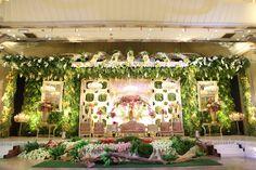 Pernikahan Adat Sunda Bernuansa Alam - dekor2